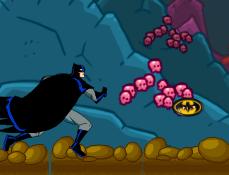 Batman Scapa din Pestera
