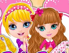 Bebelusele Barbie Asemanatoare