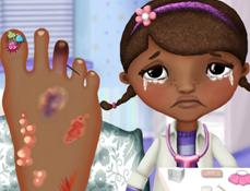 Doctorita Plusica la Doctor cu Piciorul