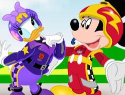 Mickey si Pilotii de Curse Bejeweled
