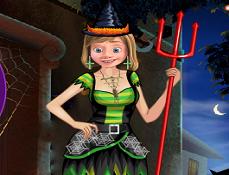 Riley de Imbracat pentru Halloween
